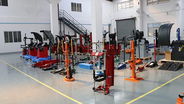 铂锐汽车科技-展厅-2