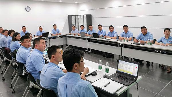 铂锐汽车科技-管理层会议-1