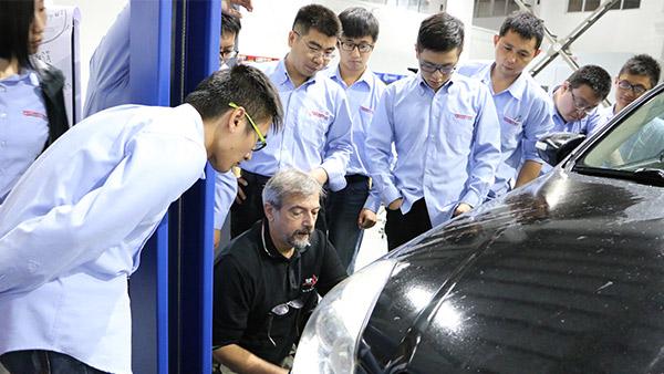 铂锐汽车科技-培训-2